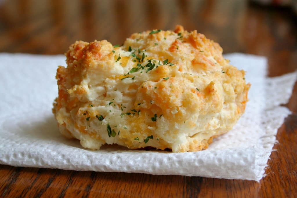 Red Lobster Cheese and Garlic Biscuits - Going My Wayz