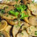 Spanish Garlic Mushrooms - Champinones Al Ajillo