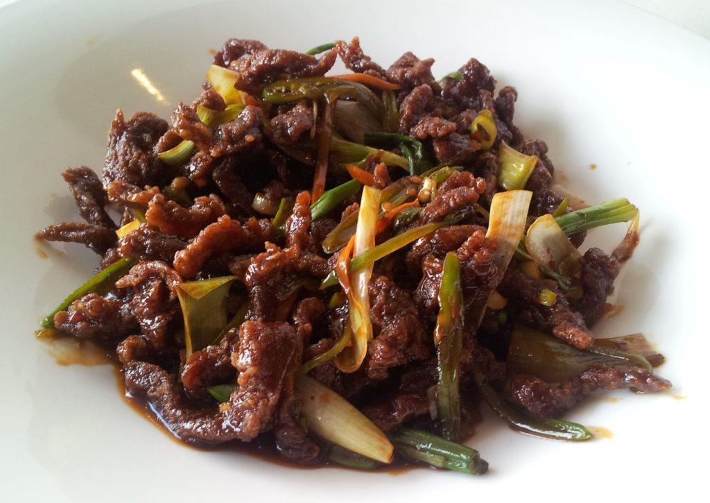 Hunan beef vs szechuan beef